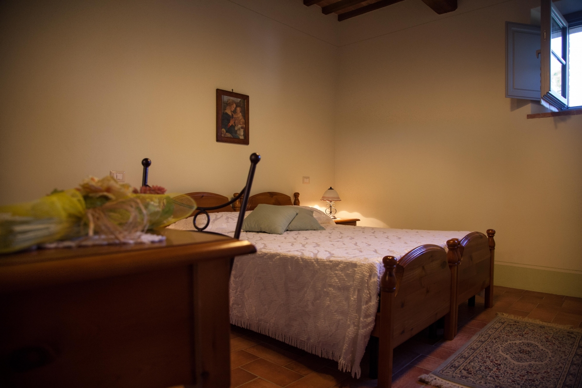 farm holiday poggiarello rooms and apartments